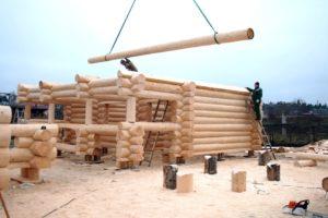 Как правильно построить дом из оцилиндрованного бревна?
