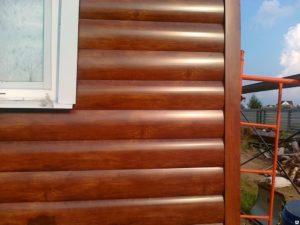 Металлический сайдинг под дерево: достоинства и преимущества материала