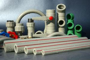 Пластиковые трубы для водопровода: как подобрать и установить?