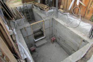 Как построить подвал в гараже?
