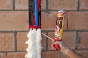 Зимняя монтажная пена: особенности и применение