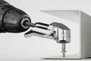 Особенности угловой насадки на дрель и тонкости ее использования