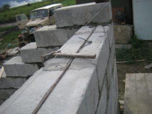 Гараж из пеноблоков: плюсы и минусы построек, особенности монтажа