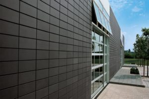 Фасадная плитка: разновидности и рекомендации по выбору