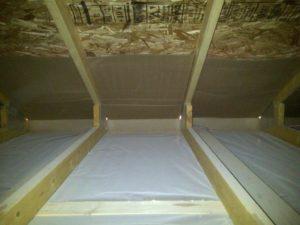 Тонкости пароизоляции для потолка в деревянном перекрытии