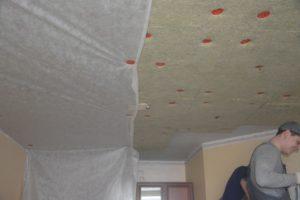 Акустический натяжной потолок: шумоизоляция в доме