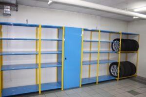 Металлические стеллажи для гаража: виды конструкций для хранения