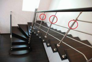 Как выбрать и установить поручни и перила для лестниц в частном доме?