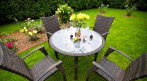 Плетеная мебель для дачи: красивые варианты в дизайне интерьера