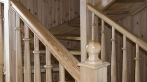 Плюсы и минусы лестниц из лиственницы