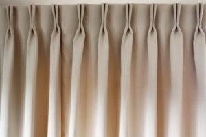 Шторные ленты: виды и их применение