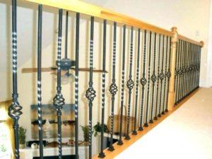 Современные балясины из металла: виды и дизайн