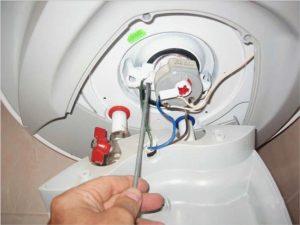 Тонкости процесса ремонта водонагревателей Ariston