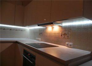 Светодиодная подсветка для кухни: особенности, виды и советы по выбору