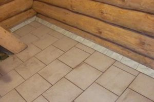 Нескользящая плитка для бани на пол: выбор и советы по укладке