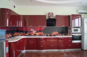 Фартук для кухни из МДФ: плюсы, минусы и примеры оформления