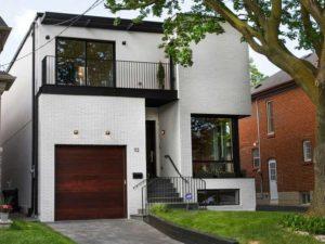 Дом из белого кирпича: красивые варианты оформления конструкций