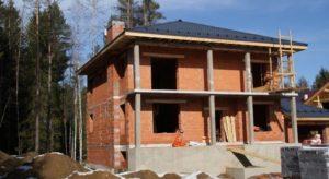 Тонкости процесса строительства кирпичных домов