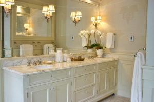 Столики для ванной: виды, стили и цвета