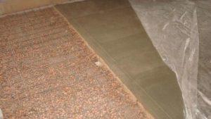 Стяжка пола с керамзитом: плюсы и минусы