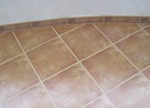 Плинтус из плитки: тонкости изготовления