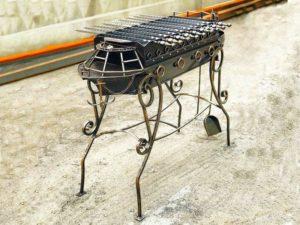 Кованые мангалы: особенности и красивые примеры дизайна