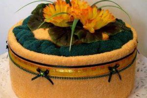 Как сделать торт из полотенец своими руками?