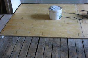 Как выровнять деревянный пол?