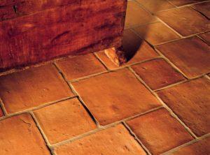 Терракотовая плитка: особенности применения