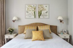 Что повесить в спальне над кроватью?