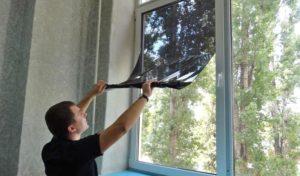 Как затонировать окна в квартире?