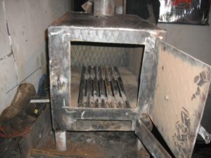 Как правильно сделать печь для гаража?