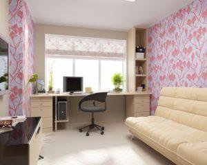 Стол у окна в интерьере детской комнаты