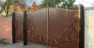 Необычные идеи дизайна ворот из профлиста