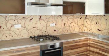 Панели для фартука на кухню: как выбрать и установить?