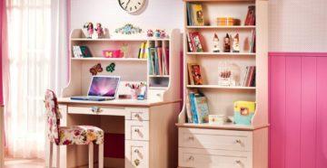 Выбираем стол в детскую комнату