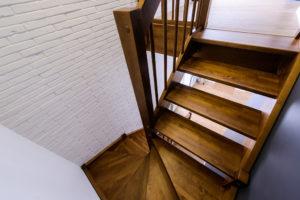 Преимущества и недостатки продукции фабрики лестниц Столярыч