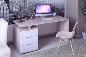 Преимущества белого компьютерного стола