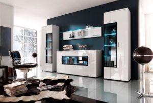 Белые мебельные стенки в гостиную