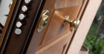 Замки для входных дверей: виды, рейтинг, выбор и установка