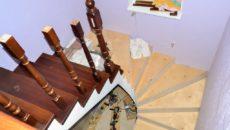 Облицовка лестниц деревом: варианты отделки и этапы монтажа