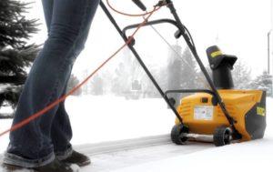 Все об электрических снегоуборочных лопатах