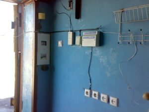 Как сделать электропроводку в гараже?