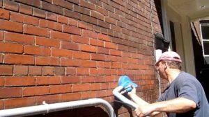 Тонкости процесса очистки кирпича