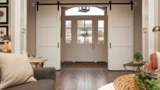 Сдвижные межкомнатные двери: применение в интерьере