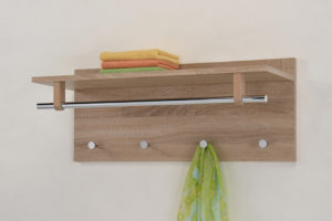 Какие выбрать настенные деревянные вешалки в прихожую?