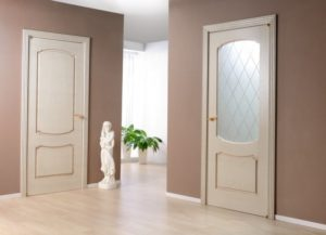 Выбираем светлые межкомнатные двери