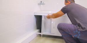 Экран под ванну: критерии выбора и тонкости монтажа