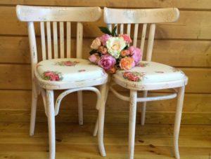 Декупаж стульев в разных дизайнерских стилях